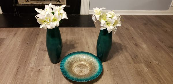 2 Vases And Decorative Bowl Household In Hampton Ga Offerup