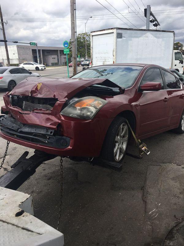 Top cash 4 junk cars 💰💰💰💰💰 (Cars & Trucks) in Miami Gardens, FL