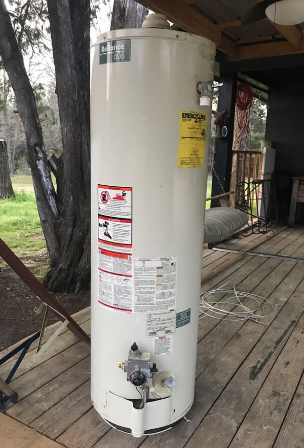 40 gallon natural gas hot water heater Appliances in West Monroe