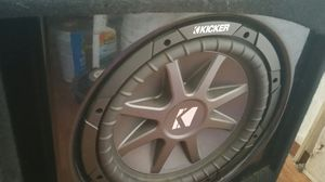 "KICKER 12"" SUB IN BOX W/400W AMP"