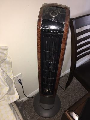Lasko Wind Curve Fan with remote control