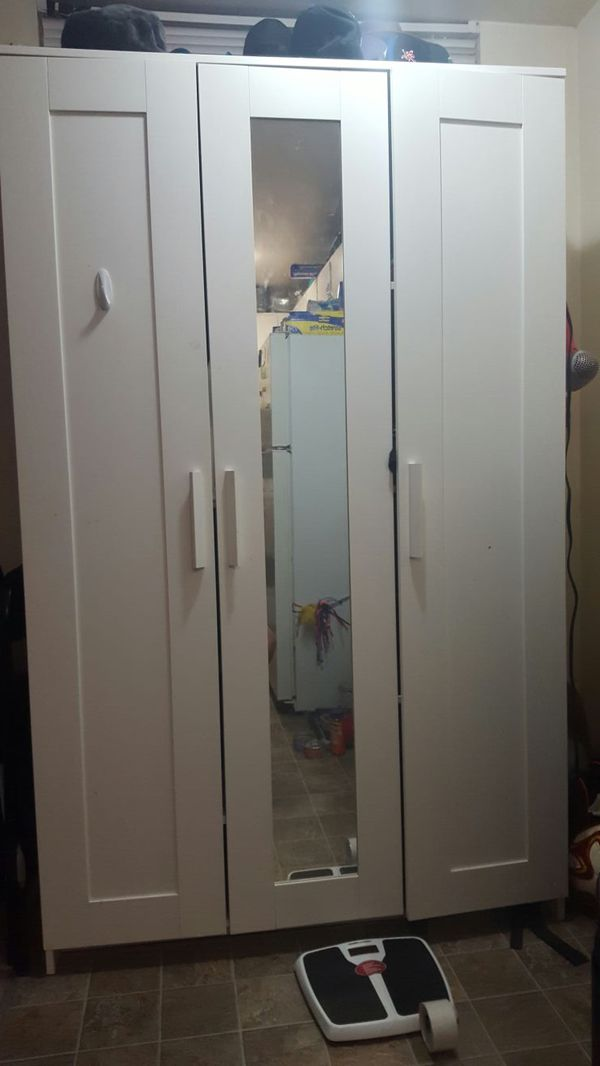Ikea closet furniture in seattle wa offerup for Ikea tukwila wa