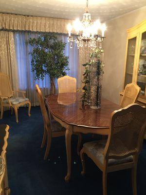 Victorian Style Queen Ann Leg Dining Table 4 Side Chairs 2 Armchairs