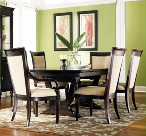 Havertys Copley Square Dining Table And Chairs