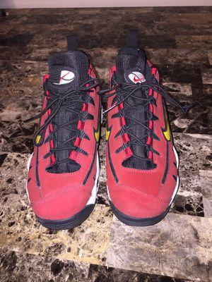 Nike nomo's size 6