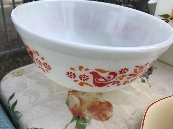 Pyrex friendship mixing bowl 2.5 qt (Collectibles) in Modesto, CA