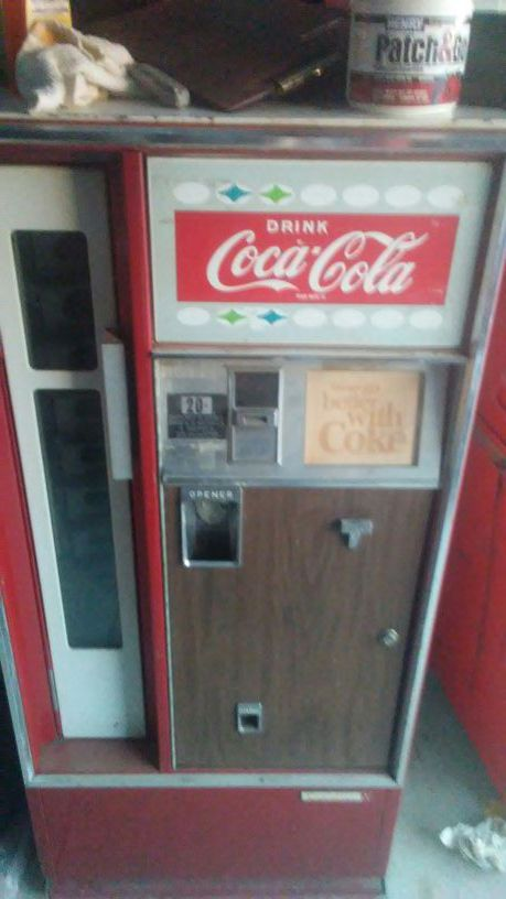 1960 Coke Machine Tools Machinery In Chowchilla CA