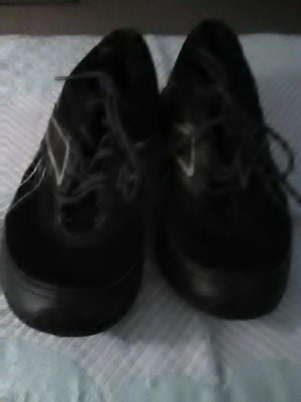 8cdb8a382d7e6c LN Men s Reebok Gym Shoes Sz. 10 (Clothing   Shoes) in Vandalia
