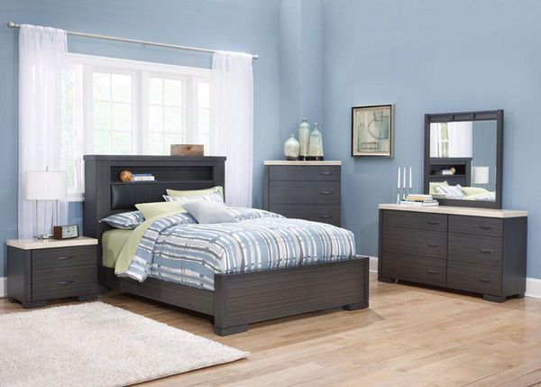 King bedroom set furniture in niles il for Bedroom furniture 98203