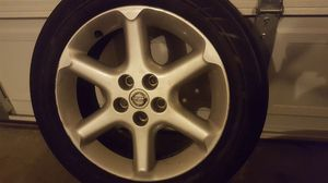 Used 2002 Nissan Maxima rims and tires
