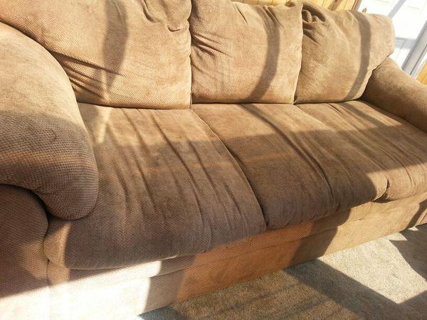 Sofa furniture in federal way wa offerup for Furniture federal way