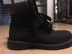 Mens Size 9 timbs