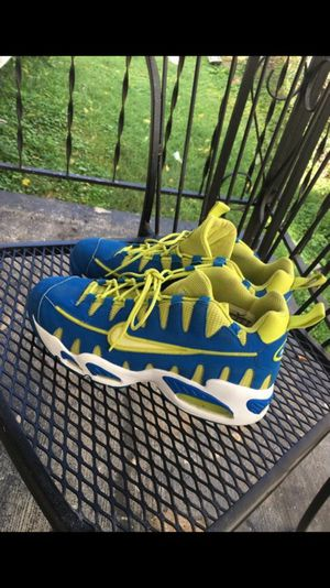 Nike Somo - Size 9