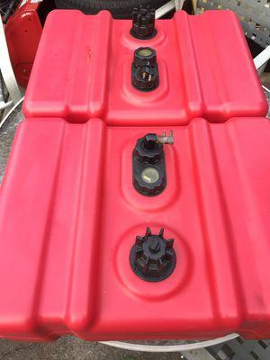 Moeller marine 12 gal low profile fuel tanks