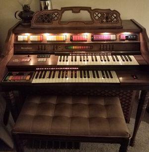 Kimball Broadway Organ