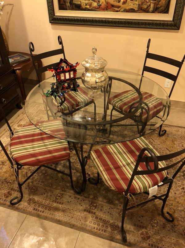 Dining Room Table With 4 Chairs From Pier One Import Asking 250 Very Nice Still New Furniture In Dearborn MI