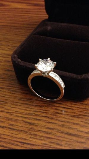 NEW. SIZE 7 ONLY. LAB SIMULATED DIAMOND. SIZE 7. NEW. 2.82 CARAT. 14K WHITE GOLD OVER SILVER. NO SHIPPING. CASH ONLY!