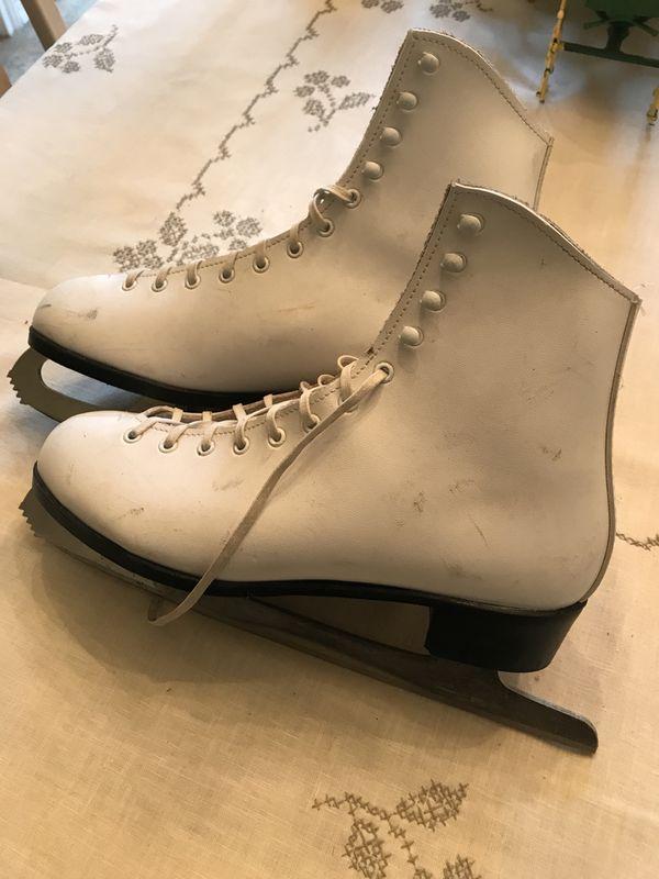White Leather Black Dragon Ice Skates 10 2 3 Sports Outdoors In Arlington TX