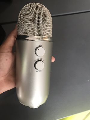 Blue Microphone Yeti Studio USB Condenser Microphone