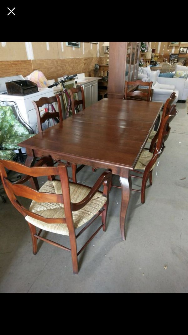 Dining Room Table And Chairs Furniture In Jacksonville FL