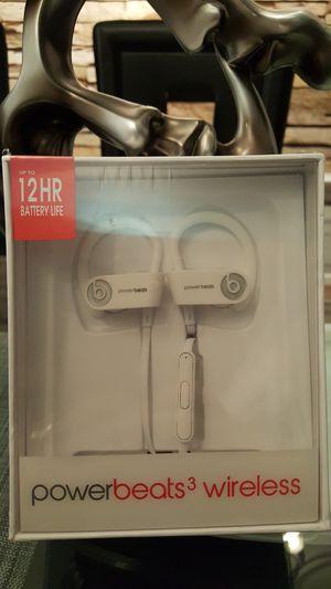 White wireless earphone