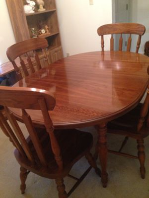 Dining Table With Chairs A Leaf