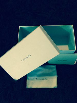 TIFFANY & CO SUNGLASS BOX