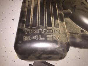 2010 5.4L V8 Ford Airbox