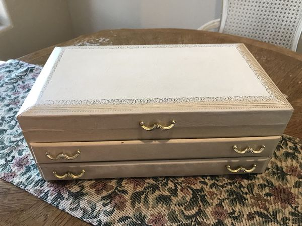 Vintage Mele Jewelry Box Antiques in Phoenix AZ OfferUp