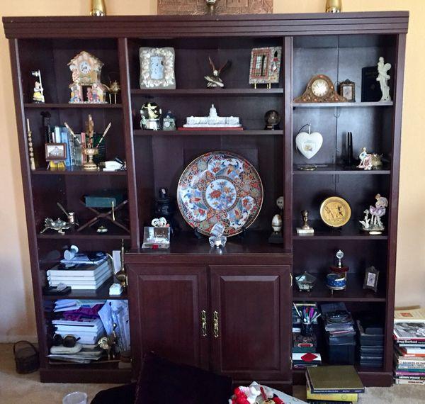 Wall unit - Book shelf (Furniture) in Las Vegas, NV - OfferUp