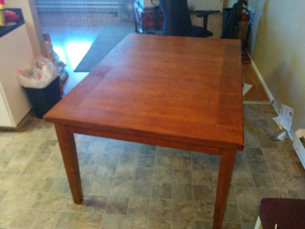 Kitchen Table Solid Wood Has A Leaf Insert Household In Auburn WA Of