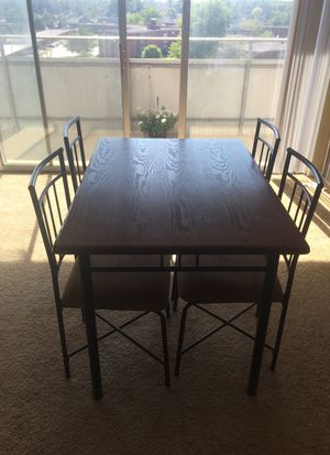 5 piece wood metal dining set li