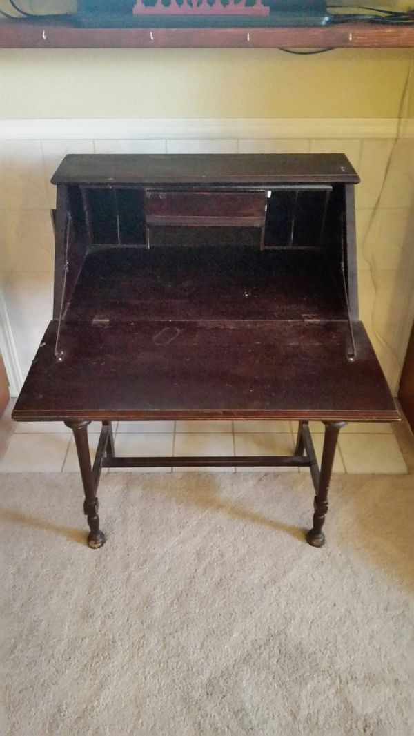 Antique desk fold out with drawer furniture in federal for Furniture federal way