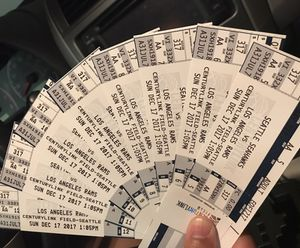 8 Seahawks vs Rams tickets for Sunday December 17th at 1pm