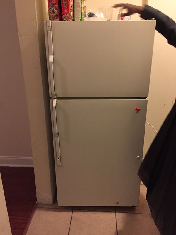 white apartment size fridge for sale (Appliances) in Philadelphia ...