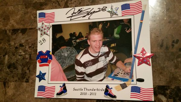Seattle Thunderbirds Autographed Picture Frames (Sports & Outdoors ...