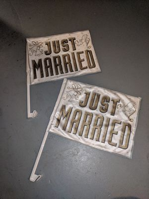 Just married flags for vehicle