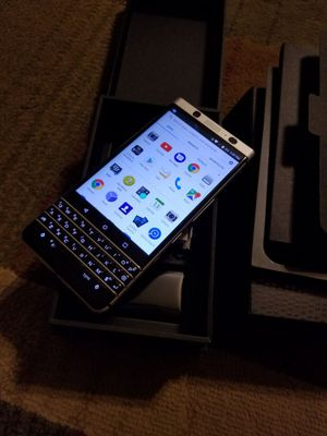 New in box Blackberry keyone unlocked