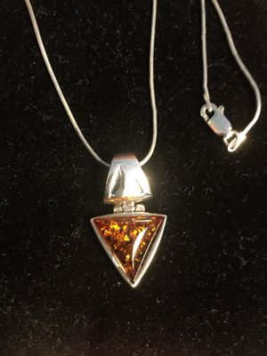 "Sterling Silver Amber Gemstone Pendant with Silver chain 18"" inch long 🌿🌸🌿"