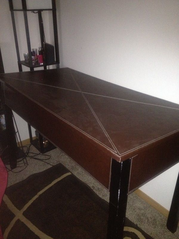 Pleather Game Table Furniture In Tacoma Wa Offerup