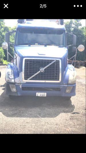 camion a la venta listo para trabajo local