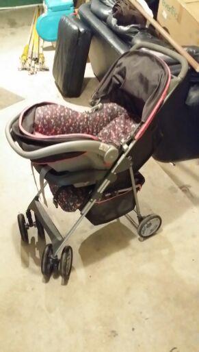 car seat stroller set costco brand baby kids in sultan wa offerup. Black Bedroom Furniture Sets. Home Design Ideas