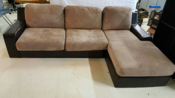 Pull out bed furniture in bellevue wa offerup for Furniture in bellevue