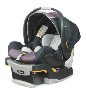 Chicco KeyFit 30 infant car seat and base - Lyra