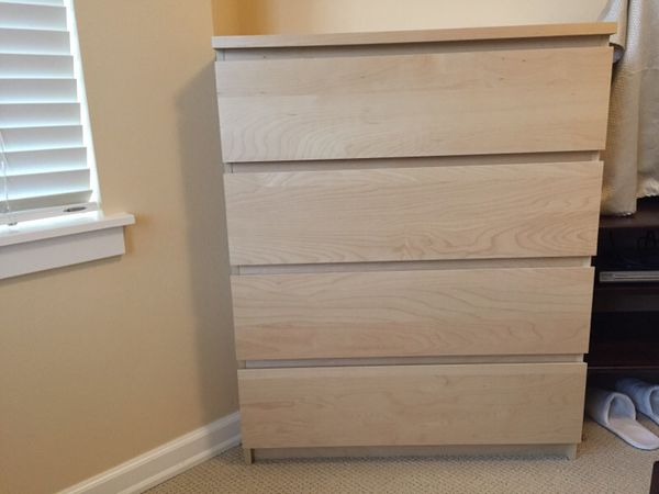Ikea malm 4 drawer chest furniture in bellevue wa offerup for Malm kommode weiay