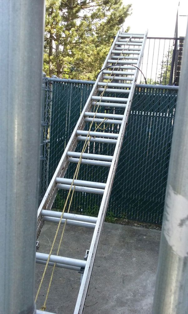 32 Foot Extention Ladder Home Garden In Tacoma Wa