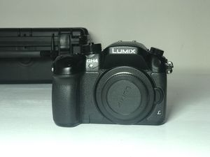 LUMIX PANASONIC GH4 BODY ONLY