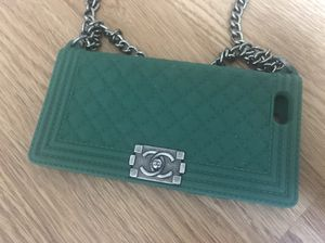 iPhone6 case with chain