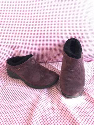 Merrell shoes ladies size 7