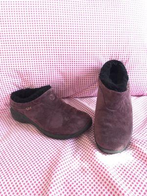 Merrell shoes ladies size 7